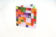 Deze exclusieve geboortekaartjes zijn geïnspireerd door het bekende spel Tetris; Lekker kleurrijk en fris. Wie zegt dat het altijd gewoon moet?