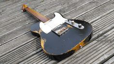 VTT Cassic Black Telecaster!Custom Build light/med Relic TeleLOW FAST POSTAGE INCLUDING USA !! only 3-4 days !! UPSThe gtar features ;Rolled fingerboard edges.(Very, very Comfy Worn-in feel)Maple neck lovely amber tone.Kluson type TunersDead straight Comfy C/D neck (Decal?,mail me...