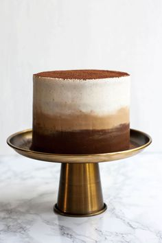 There will always be a special place in my heart for layer cakes.I firmly believe that layer cakes are not only the world's most delicious dessert, but also the most gorgeous and most versatile. From fillings to frostings, meringues, sprinkles, and ganaches, there are infinite possibilities when it comes to cake flavors! And everyone knows [...]