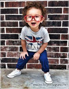 Shirt: Next Direct // Pants: H // Kicks: Converse // Glasses: Hot Topic