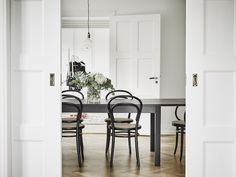 my scandinavian home: A fab monochrome Swedish space