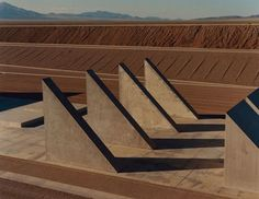 Michael Heizer completes his colossal life's work - Frontpage - e-flux…