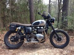 """[IMG] Triumph Scrambler 900 David Cohen """"See if you can get a patch for the other eye as well"""" the publisher cryptically suggested as I walked out. Triumph Scrambler, Cool Motorcycles, Triumph Motorcycles, Bike Ideas, Moto Bike, Moto Style, Bike Art, Classic Bikes, Royal Enfield"""