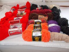 Lot of 20 Skeins Yarn Aunt Lydia's Caron Lion Boucle Hayfield Red Black Peach + #AuntLydias
