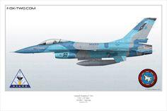 Profil d'un F-16A appartenant au NSAWC de l'US Navy. Cet appareil, le numéro 900942 est utilisé comme aggresseur pour la formation des pilotes au combat aérien.