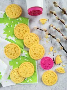 Citromos csibés keksz recept - Kifőztük, online gasztromagazin Oreo, Sweets, Sugar, Cookies, Cake, Food, Madeleine, Crack Crackers, Gummi Candy