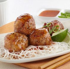 Try this delicious Tangy Thai Meatballs recipe today! Soup Recipes, Chicken Recipes, Cooking Recipes, What's Cooking, Recipies, Thai Meatballs Recipe, Squash Apple Soup, Hot Appetizers, Christmas Appetizers