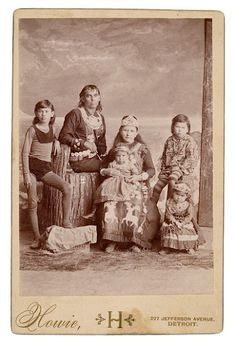 Iroquois family - no date