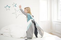 FABELAB dream-in-cape costume and bedlinen in one!