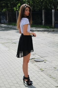 Look: Summer - Adrianna Hyrdel - Trendtation