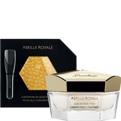 Available for the very first time as a skincare treatment, the pure, ultra-concentrated exclusive Guerlain Royal Jelly has been encapsulated in order to preserve its properties right up until the last minute, when it releases its full power to offer the skin a unique treatment for one month. The skin is instantly revitalised and more radiant. After one month, the skin is protected and appears repaired and glowing with lasting youth.