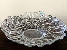 Large Vintage Art Glass Centerpiece/Bowl by by FinntageFromFinland