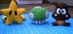 Mario Star and Mushroom - CROCHET - My best friends son is mad for all things Super Mario related. His mom and dad have bought him a lot of the Mario plushies.he has Mario, Luigi, Bows Mario Crochet, Crochet Game, Crochet Dolls, Free Crochet, Knit Crochet, Crocheted Toys, Amigurumi Patterns, Crochet Patterns, Stitching Patterns