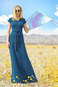 Gorgeous 35 Beautiful Long Dresses For Summer Season https://outfitmad.com/2018/02/26/35-beautiful-long-dresses-summer-season/