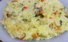 Cum faci cel  mai bun pilaf: tainele preparatului uşor şi deosebit de gustos, cât se fierbe orezul ca să rămână întreg Good Healthy Recipes, Healthy Snacks, Vegetarian Recipes, Cooking Recipes, Romania Food, Musaka, Good Food, Yummy Food, Food Goals