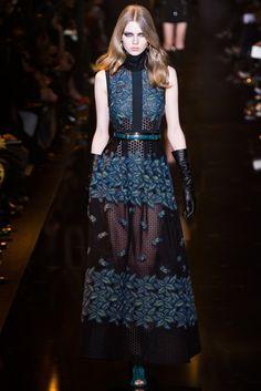 Elie Saab Fall 2015 Ready-to-Wear Fashion Show - Harleth Kuusik (Elite)