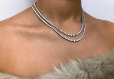 Galore Crystal Tennis necklace - This gorgeous delicate necklace is made out of sterling silver 925, with cubic zirconia diamonds (cz measures 4mml).