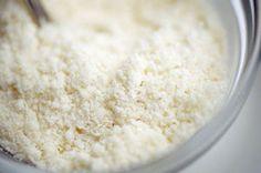 簡単・美味しい【粉チーズ】レシピ35選☆おつまみ・クッキー・トースト・おにぎりなど - NAVER まとめ