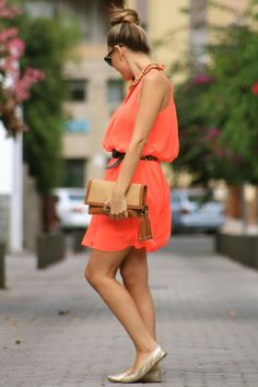 always a fan of bright and flowy..... love the belt to cinch the waist