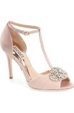 26 Bestie Shoes Images Shoes Heels Wedding Shoes