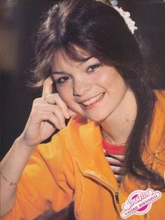 Valerie Bertinelli Aka Barbara from One Day At A Time Super Teen, Leif Garrett, Touched By An Angel, Valerie Bertinelli, Van Halen, American Actress, Pin Up, Actresses, T Shirts For Women