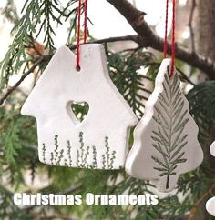 Best Pictures white clay ornaments Suggestions By Hook and Thread: Christmas Ornaments-Das style Christmas Clay, Christmas Ornaments To Make, Homemade Christmas, Diy Christmas Gifts, Christmas Projects, Holiday Crafts, Christmas Ideas, Christmas Tree, Ceramic Christmas Decorations