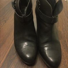 Rag and Bond Harrow booties Gently used . Still in great condition . The well known harrow booties rag & bone Shoes Ankle Boots & Booties