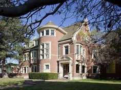 The American Horror Story House - 9 Famous Homes You've Seen on the Big Screen on HGTV