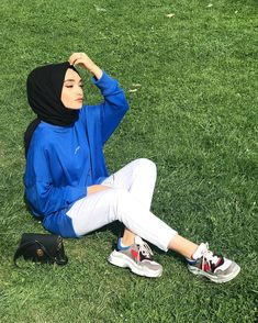 ✔ Summer Fashion For Teens Hijab Summer Fashion For Teens, Womens Fashion Casual Summer, Spring Fashion Outfits, Hijab Style Dress, Hijab Outfit, Modern Hijab Fashion, Muslim Fashion, Cute Teen Outfits, Outfits For Teens