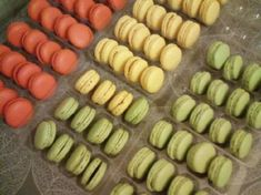 Macaron Cookies, Macarons, Fudge, Pastries, Sweets, Cakes, Ethnic Recipes, Desserts, Food