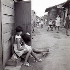 Kids in the streets of Hiroshima, 1958 by Emmanuelle Riva