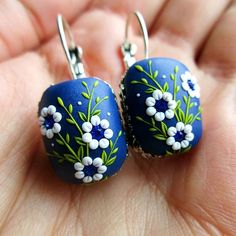 My new beautiful earrings made as custom order in vintage style. Every detail is handmade with a tiny needle from polymer clay. . . . . . . . . #porcelain #ceramics #polymerclay #fimo #clay #blue #handmade #flowers #handmadejewelry #floral #botanical #vintage #vintagestyle #vintageshop #vintagelove #christmas #christmasgift #christmastree #christmastime #polymerclayjewelry #etsy #etsyshop #whiteflowers #blossom #bloom #gift #supporthandmade
