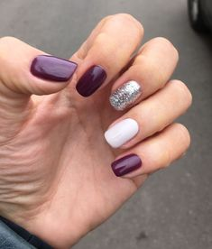 Wedding nails ideas purple manicures ideas for 2019 Purple Manicure, Manicure Colors, Manicure And Pedicure, Trendy Nails, Cute Nails, Pretty Nail Colors, Autumn Nails, Bright Nails, Accent Nails
