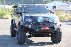 4x4 Trucks, Diesel Trucks, Jeep Brute, Isuzu D Max, Bull Bar, Toyota Hilux, Japanese Cars, Ford Ranger, Retro