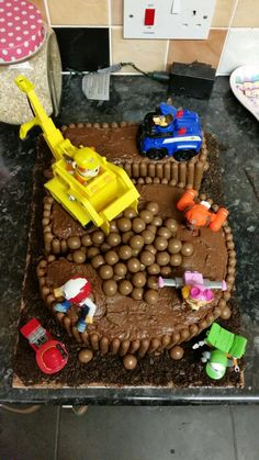 Rubble on the Double Paw Patrol 5 cake                                                                                                                                                     More