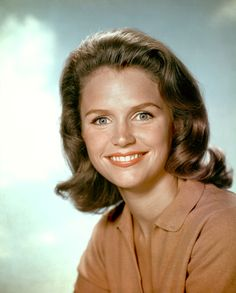 Lee Ann Remick was an American film and television actress. Among her best-known films are Anatomy of a Murder, Days of Wine and Roses, and The Omen. Wikipedia Born: December 14, 1935, Quincy, Massachusetts, United States Died: July 2, 1991, Los Angeles, California, United States Height: 1.70 m Spouse: William Rory Gowans (m. 1970–1991), Bill Colleran (m. 1957–1968) Children: Katherine Colleran, Matt Colleran