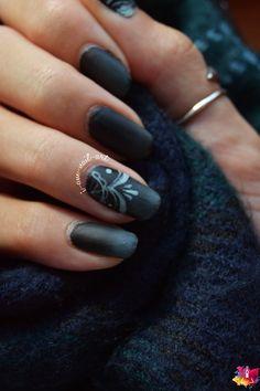 Nail art Seasonal Gradient and Lace