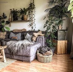 Boho Wohnzimmer - Home Accents living room Boho Living Room, Living Room Decor, Bedroom Decor, Living Rooms, Bohemian Living, Decor Room, Bohemian Decor, Bohemian Homes, Bohemian Room