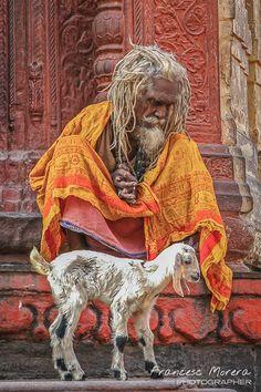 Sadhu en el Chandi Chowk, junto a los Ghats de Varanasi. India