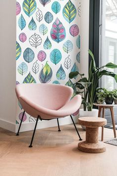 Modern Colorful Wall Decoration with Leaves Pattern. Wall Painting Decor, Wall Decor, Modern Wallpaper, Colorful Wallpaper, Watercolor Walls, Interior Decorating, Interior Design, Floral Wall, Floral Motif