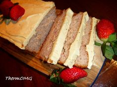 Strawberry Cake - ThermOMG using whole strawberry! Sweet Recipes, Whole Food Recipes, Cake Recipes, Snack Recipes, Cooking Recipes, Bellini Recipe, Thermomix Desserts, Just Cakes, Meals For One