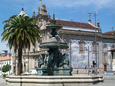 Praça dos Leões Porto