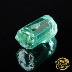 Natural Rare PARAIBA color Tourmaline Crystal 0.98 cts