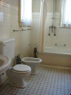 Haas Lilienthal house, bathroom 1920s Bathroom, Old Bathrooms, Beautiful Bathrooms, Plumbing, Toilet, Bathtub, House, Vintage, Design