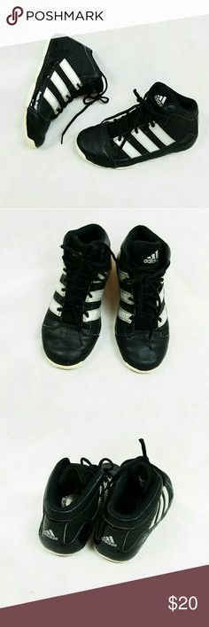 ADIDAS KIDS SHOES SIZE 3 In good used condition adidas kids shoes size 3. adidas Shoes Sneakers