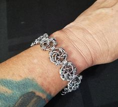 Check out this item in my Etsy shop https://www.etsy.com/listing/568403987/handmade-stainless-steel-chainmaille