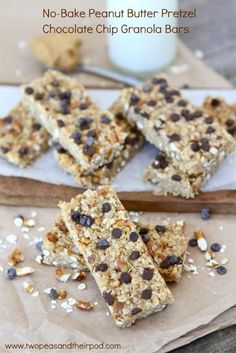 No-Bake Peanut Butter Pretzel Chocolate Chip Granola Bars by Two Peas and Their Pods. To help make the back to school transition a little easier I have a fun and easy recipe for you today, No-Bake Peanut Butter Pretzel Chocolate Chip Granola Bars. They are perfect for packing in your kids lunch. They also make a great after school snack.