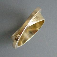 Doorknocker Hoop Earrings- door knockers/ gold hoops/ big gold hoop earrings/ geometric circle hoops/ large gold hoops/ vintage look/ gifts - Fine Jewelry Ideas Metal Jewelry, Jewelry Rings, Fine Jewelry, Jewelry Making, Jewellery, Big Gold Hoop Earrings, Gold Hoops, Wedding Jewelry, Wedding Rings