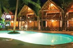 Zipolite: $ 749 for 2, 3, 4, 5 or 7 nights for two + breakfast Bungalow Hotel Nude & Sky Lounge