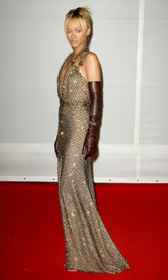 At the Brit awards, Rihanna sparkled in her Givenchy Haute Couture by Riccardo Tisci dress.